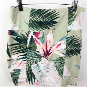 Guess Olive Green Tropical Leaf Mini Skirt M